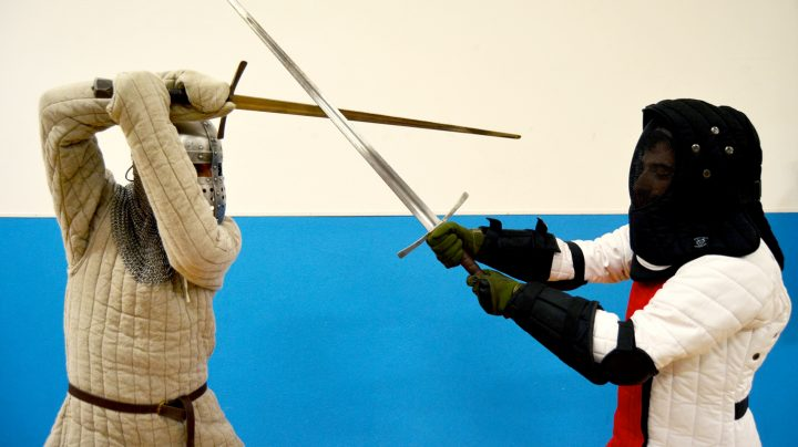 duello-spada-medievale